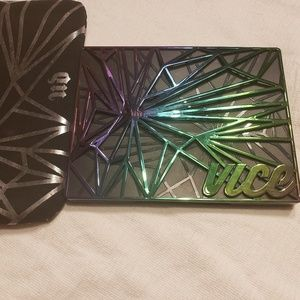 Urban decay limited edition vice pallet
